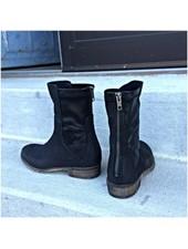 Vega Black Boot