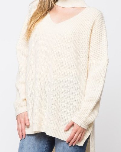 Turtleneck choker sweater