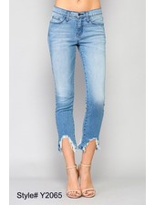 MID RISE DESTROYED HEM CROP SKINNY (LEISURE)