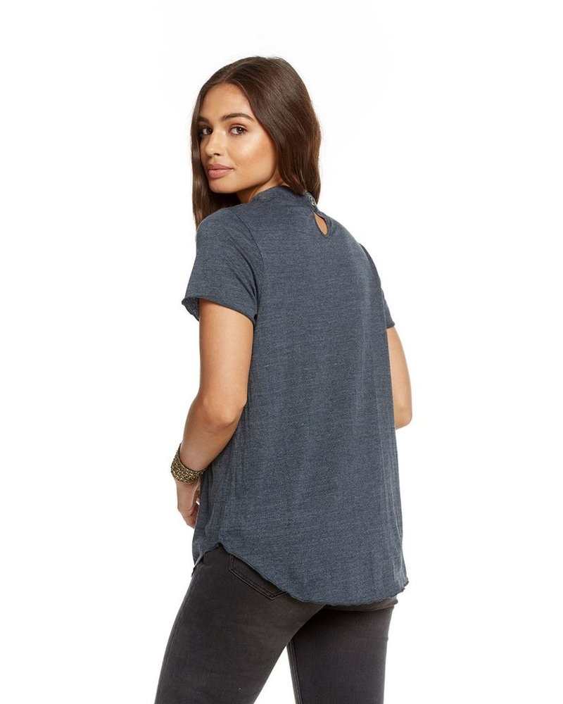 Neck Vent Shirttail Tee