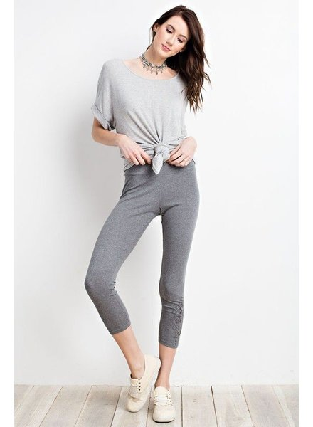 SOFT EMBROIDERED LEGGINGS
