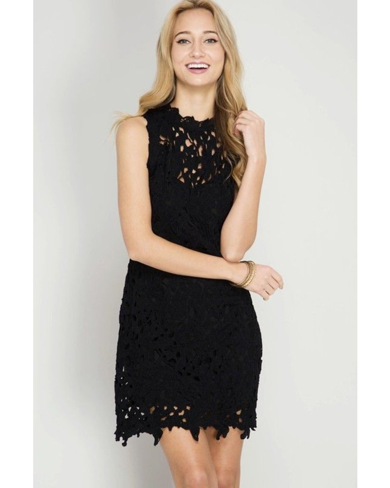 SLEEVELESS CROCHET LACE DRESS