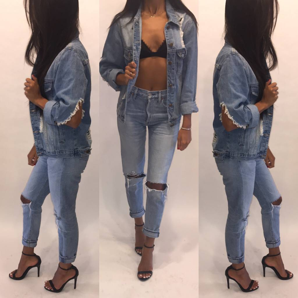 A Shappe S9003F Distressed Denim Jacket