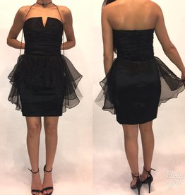 185	Size 2 Badgley Mischka Black Mini Tube Dress	Worn Once