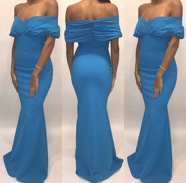 207	Size 38	Chiara Boni	Teal Ruched Off Shoulder Gown