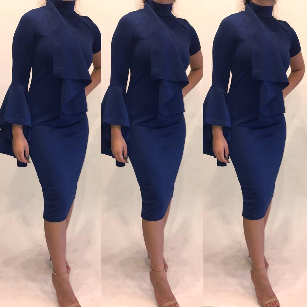 197Size 6 Belle Sleeve Royal Blue Midi Dress New