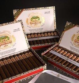JC.N | Arturo Fuerte | Rosado | SG Magnum R54 | 6-1/2 x 54 | Box of 25