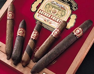 JC.N | AF | Hemingway | Short Story | Maduro | 4 x 42/49 | Box of 25