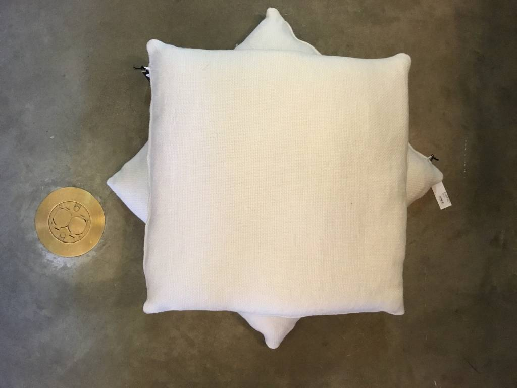 """Lan Ivory Pillow 24""""x24"""""""