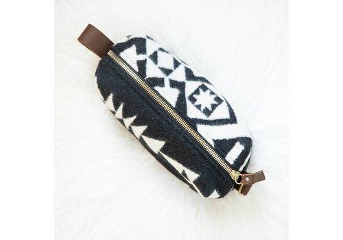 Pendleton Dopp Kit   Small,  Black & White