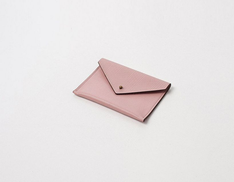 Laser Cut Card Holder Pointed Top
