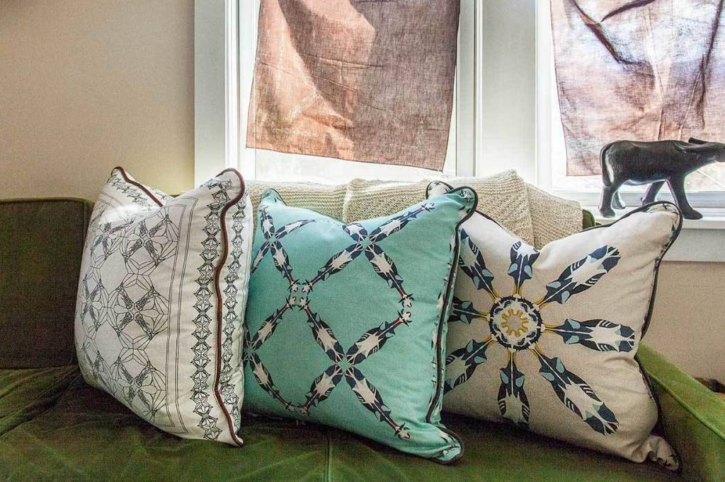 Horse Pattern Pillow White *CS*