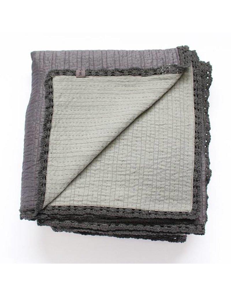 Silk Wool Kantha | Carbon | 120 x 84