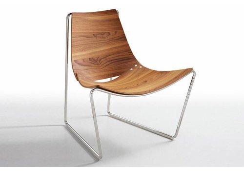 Apelle AT LG Chair | Walnut | Black Nickel Frame