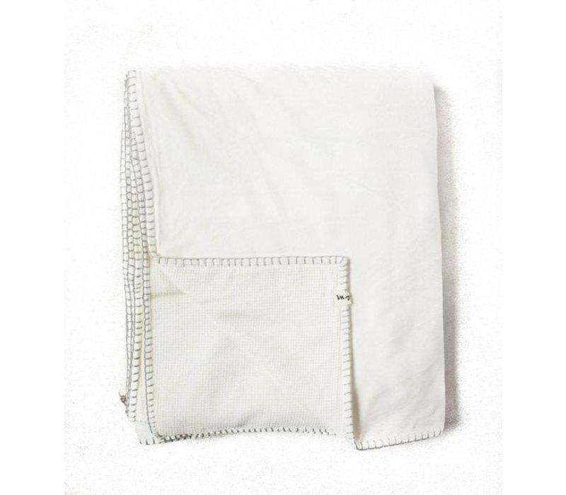 Velvet Waffle Blanket | White | 120 x 84