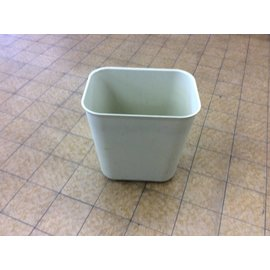 Beige plastic Trash Can (10/8/18)