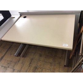 30x42x27 beige Computer Table with metal legs