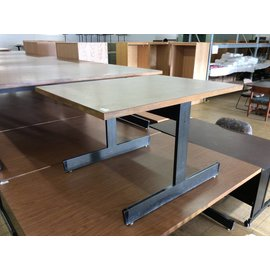 "36x48x29"" Wood top library table w/metal frame"