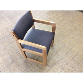 Gray padded wood frame side chair w/arms