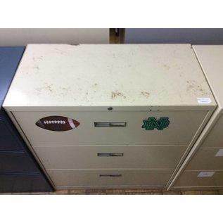 18x36x41 1/4 beige metal 3 drawer Lat. File