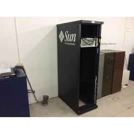 39x24x80 Sun black server rack