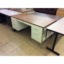 30x60 Beige double pedestal steelcase desk
