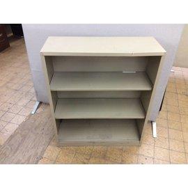 """12 3/4x34 1/2x41 1/4"""" Tan metal bookcase"""