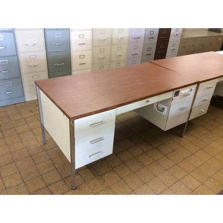 30x60x29 double pedestal wood/metal desk