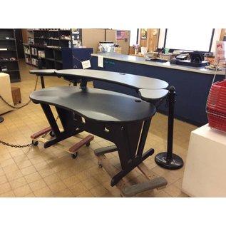 40x72x36 gray wooden modern desk w/hutch