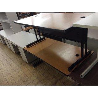 30x57 1/2x27 Wood top metal frame Computer table