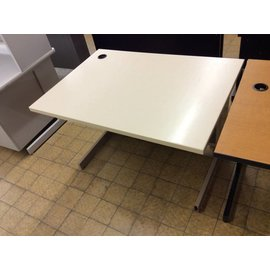 30x42x27  Beige metal frame computer table