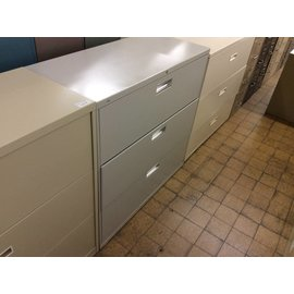 19x42x40 Grey 3 drawer lateral