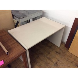 30x45x29 Beige metal table