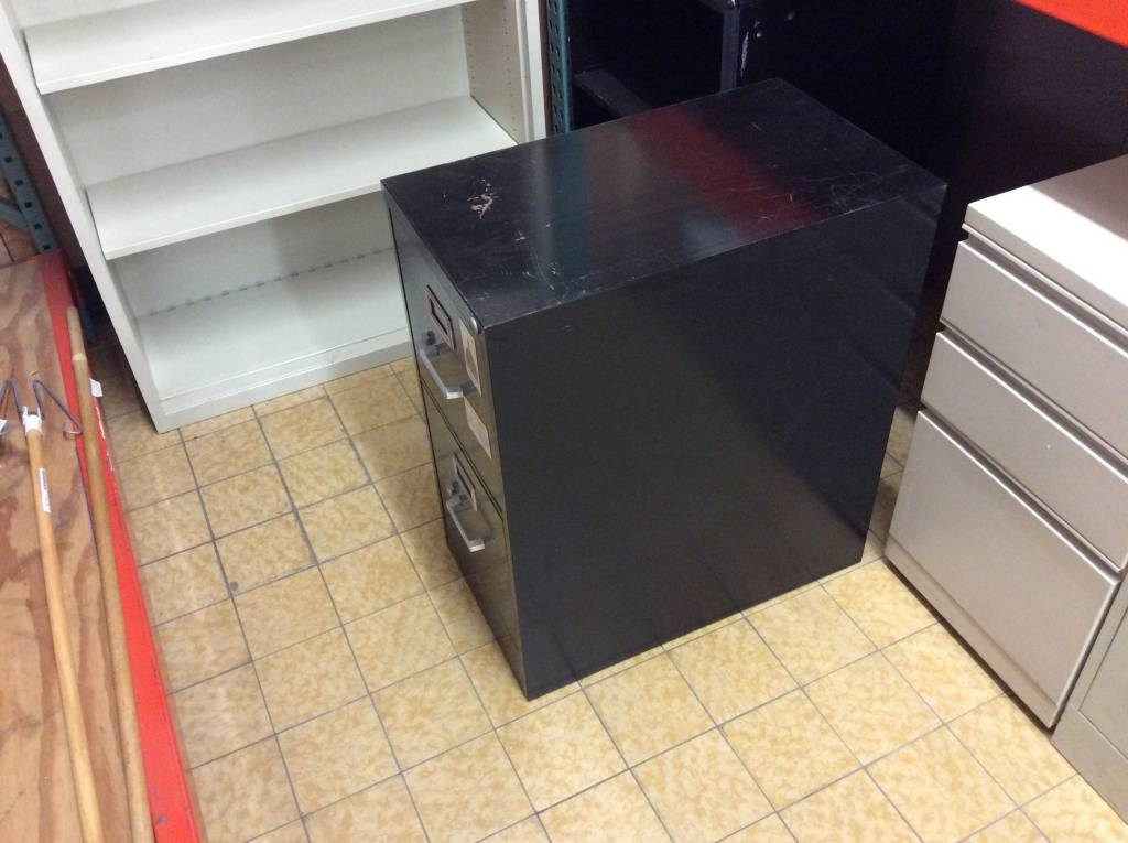 25x15x29 Black 2 Drawer File Cabinet (6/25/17)