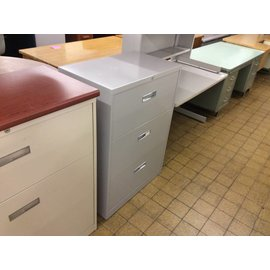 18x30x41 Gray 3 drawer lateral file