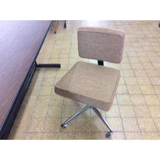 Brown padded desk chair w/castors