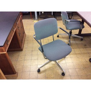 Green padded desk chair w/arms & castors (faded)