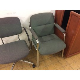 Green padded metal frame side chair (fadded)