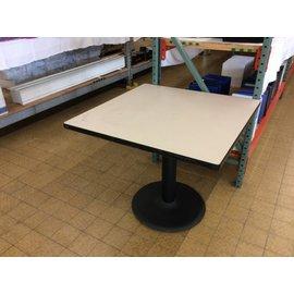 "35 1/2x35 1/2x29 1/2"" Dining table w/single pedestal base"