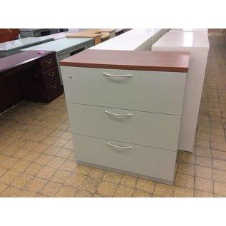 "19x36x40"" Lt gray metal 3 drawer last file w/wood top"
