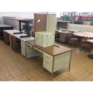 30x60x29 Desk w/ Left Return
