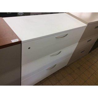 19x42x40 White Metal 3 Drawer