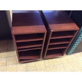 "14x18x27"" Wood shelf unit"
