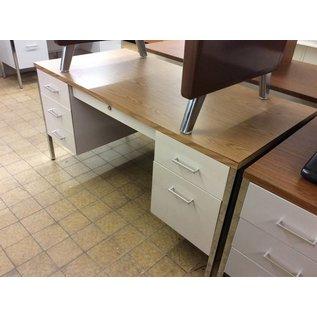 "30x60"" beige metal Desk dbl pdestal"
