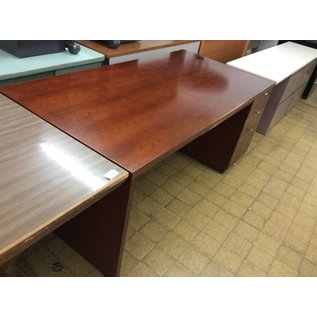 72x36x29 1/2 Cherry Wood Desk w/ R Pedestal