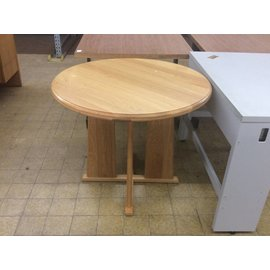 """36"""" Wood Round Table"""