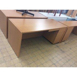 30x72x30 Wood Desk W/ Right Pedestal