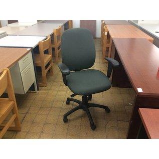 Grey Desk Chair on Castors w/Arms (4/12/18)