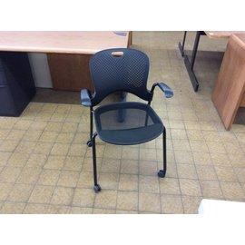 Black Desk Chair w/arms & castors (4/19/18)