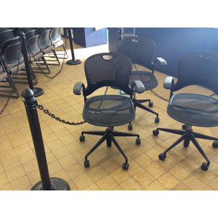 Black Desk Chair w/ arms and castors (5/25/18)